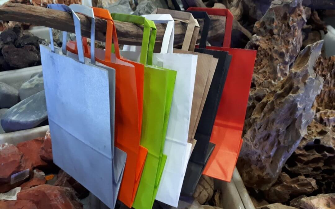 Reutilizar las bolsas de papel para ahorrar energía